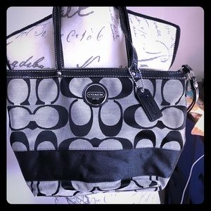 Coach handbag-black